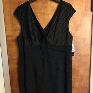 Adrianna Papell Little Black Dress Size 24 BNWT